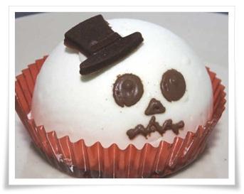 セブンイレブンのハロウィンスイーツ&お菓子!超豪華な歴代まとめチーズムースケーキ