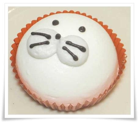 セブンイレブンスイーツのかわいいケーキ!「ことり」やアザラシetc1あざらしムースケーキ