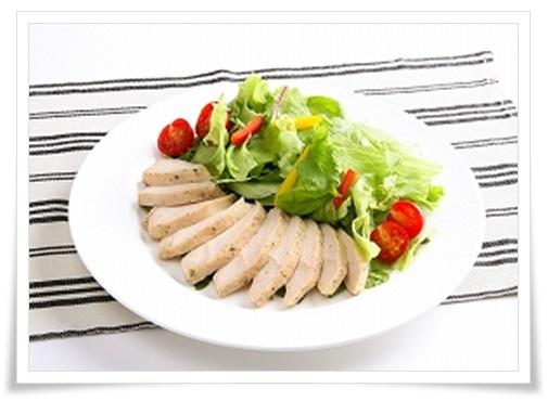 セブンイレブンのサラダチキン(ハーブ)!簡単アレンジレシピで実食1