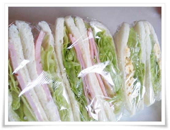 コンビニのサンドイッチ比較!値段やカロリーが高いのは?中身では?3