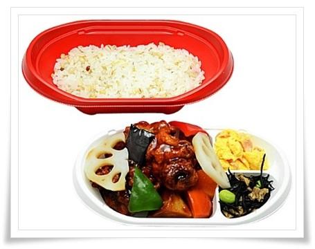 セブンイレブンの弁当メニュー!衝撃の低カロリーランキングBEST11鶏と野菜の黒酢あん二段弁当