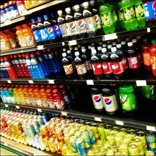 コカコーラとペプシは同じ会社なの?世界シェアの売上や人気比較も2