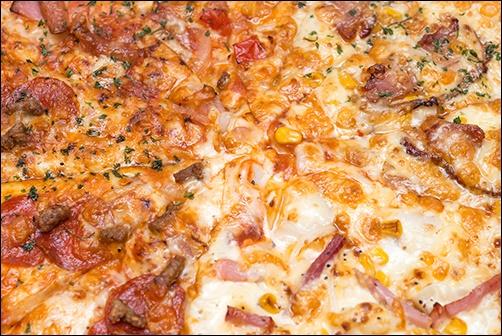 冷凍ピザのおすすめコンビニまとめ!味と値段を比較すると専門店並?3