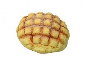 コンビニ3社でパンが一番美味しいのは?値段・カロリー別に比較!1