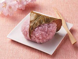 コンビニでお花見におすすめの商品は?桜スイーツ2019やお弁当も!16