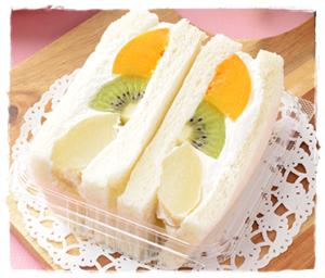 【コンビニのフルーツサンド2020!美味しいおすすめはどこ?カロリーも】ももミックス