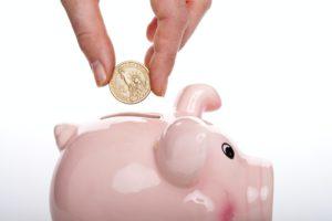 ブタの貯金箱のフリー画像