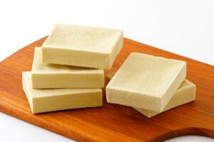 セブンの豆腐スティックバーの特徴と使い方!値段&カロリーも紹介
