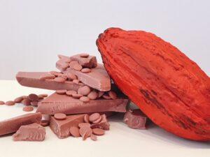 ウチカフェの贅沢チョコレートバー・華やぐルビーチョコレートの味!2