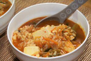 セブンの蒙古タンメンのシメはおにぎり雑炊がおすすめ?作り方も!