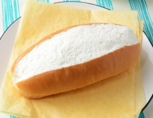 ローソンのおやつコッペ・リッチミルク(ミルクコッペパン)の値段は?2